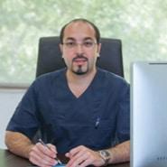 دکتر علیرضا جهانگیرنیا متخصص ایمپلنت های دندانی